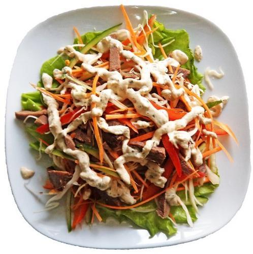 Салат из говяжьего языка с овощами