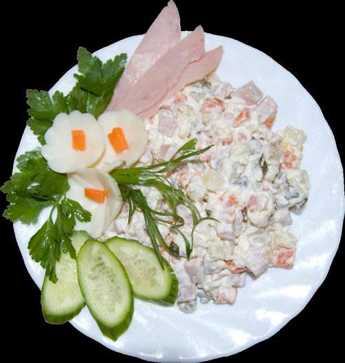 Салат из плавленого сыра и колбасы